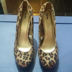 Mission Leopard print shoes